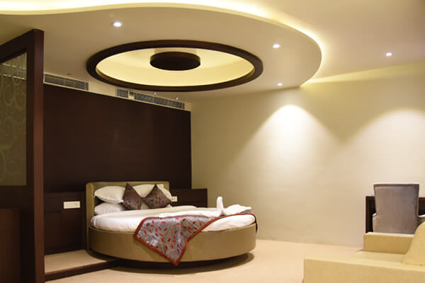 Suite Rooms Viz Park Hotel Anand